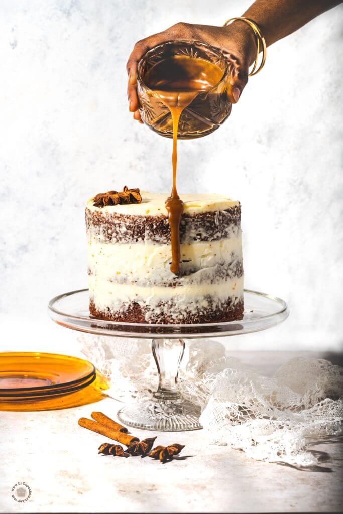sticky toffee pudding cake | lilcupcakemonkey.com
