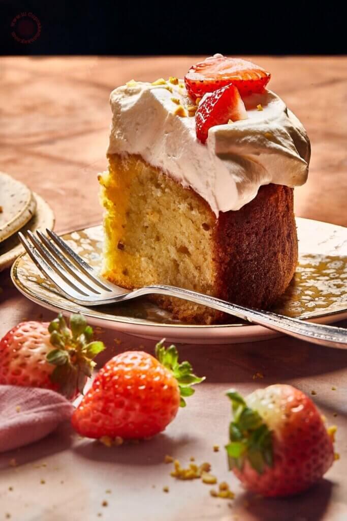 strawberry and honey cake_feature_ lilcupcakemonkey