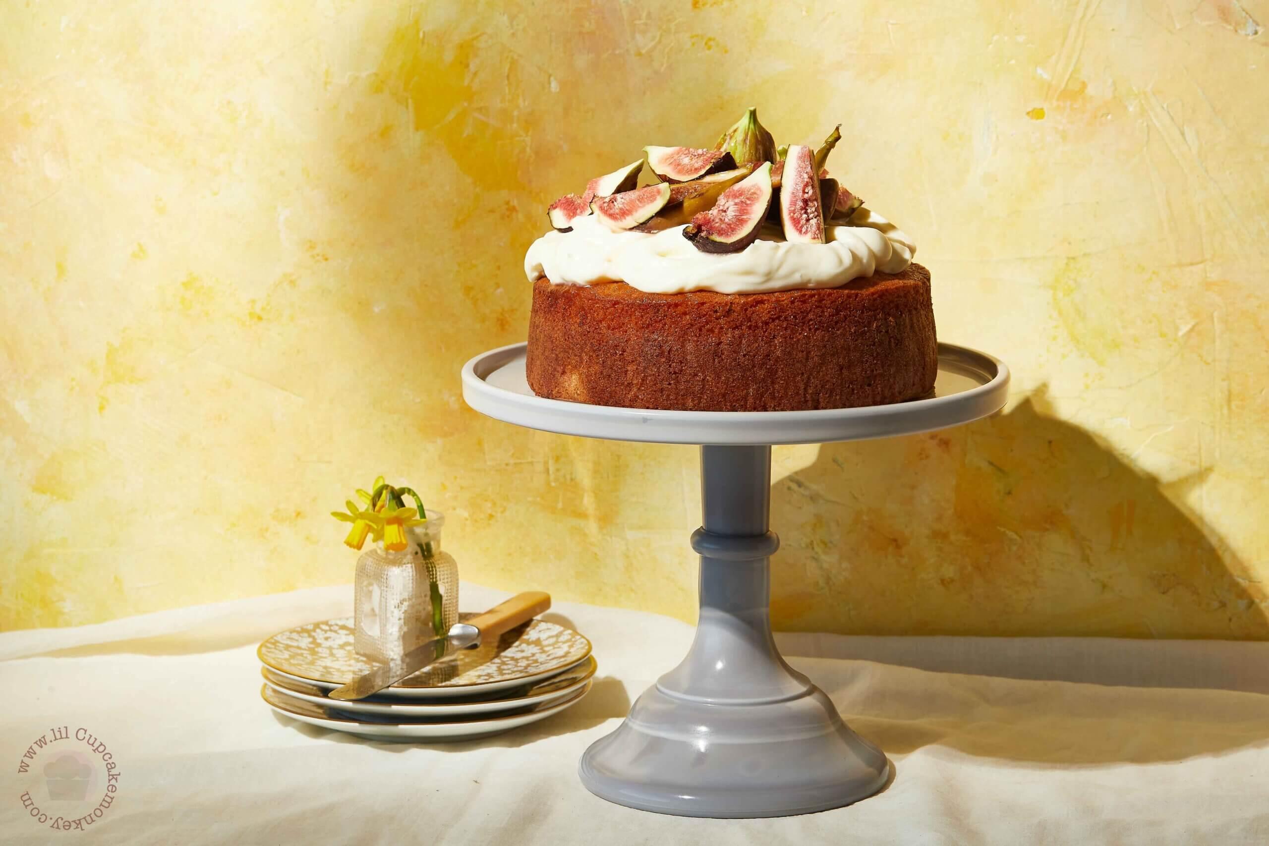 honey and figs cake | lilcupcakemonkey.com