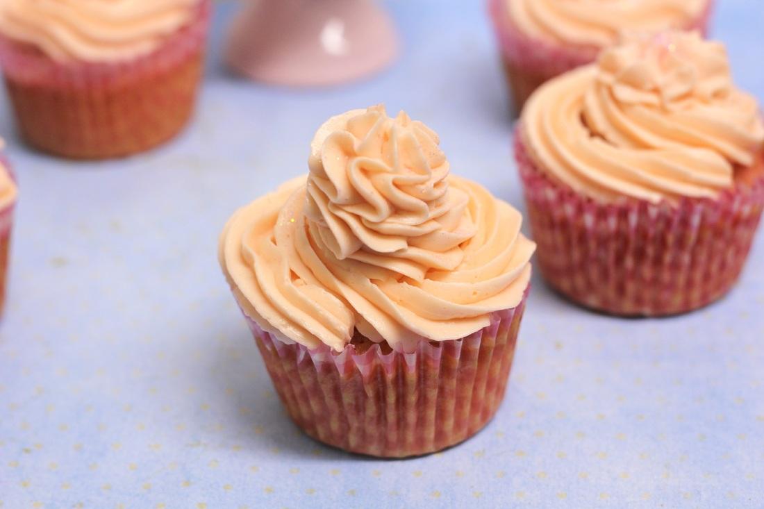 pink lemonade cupcake